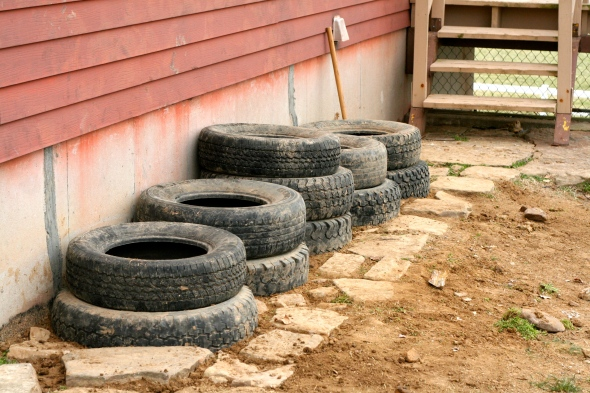 And there you go! Tires are all set in place and ready to be filled.