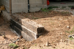 Building a retaining wall with railroad ties